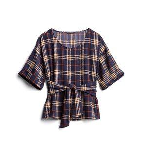 West Kei Plaid tie front blouse (stitch Fix)